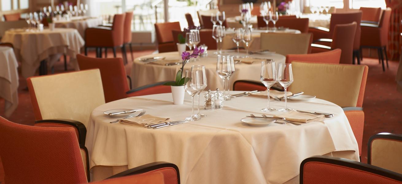 1310×600 LG restaurant 10 GMartinez